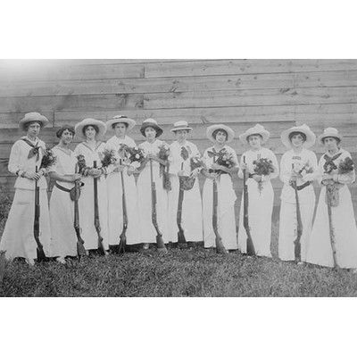 Buyenlarge 'Nemours Women's Trap Shooting Club in Elegant Dress' Photographic Print Size: 2