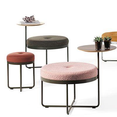 В коллекции Johanson появился новый продукт SHIMA - мебельный гибрид со стильным дизайном, который обеспечивает комфорт как для отдыха, так и для работы. База, поддерживающая мягкий пуф, изготовлена из стали и объеденена с вращающимся столиком, который идеально подходит размерам ноутбука. SHIMA со своим привлекательным дизайном является предметом мебели, который предлагает использовать его как для небольших кофе-пауз, так и для нескольких часов работы в спокойной и неформальной обстановке.