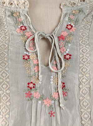 ☯☮ॐ American Hippie Bohemian Style ~ Boho summer mint sheer embroidered lace top!