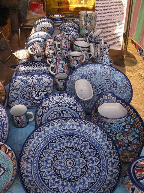 BLUE POTTERY FROM MULTAN:  Multani pottery is very famous for it uniqueness and beauty , it is not only made on white clay, the thing that differenciate multani pottery with others is that it is also made on red clay. The colours of pottery shows the culture and art of Multan