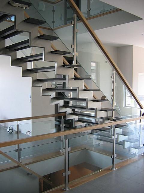rampe verre et bois