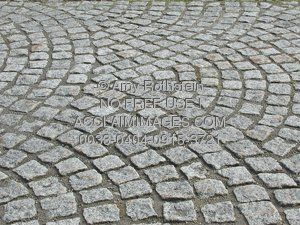 0033-0404-0915-3721_background_pattern_square_cobblestones_laid_out_in_fans.jpg (300×225)
