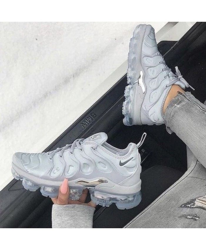 0ec064bfe3811 Hot Vapormax Plus Womens Wolf Grey Silver Trainer