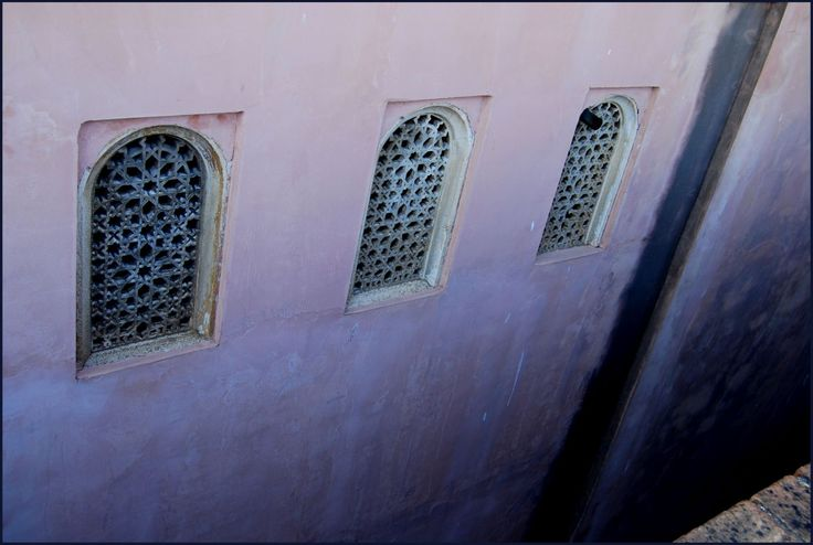 Malaga, Spain, España, arabic, arabic art, mauretanian, Mauretania, window, wall, old, paint, castle, arabesque