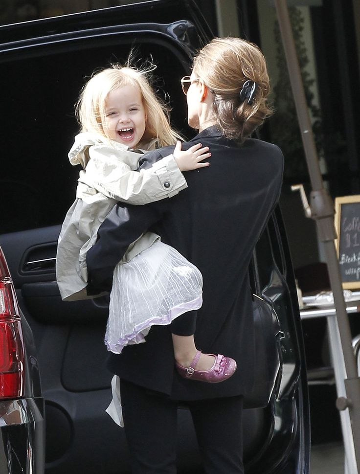 """Semi-Exclusive... """"The Tourist"""" star Angelina Jolie takes her twins Knox and Vivienne shopping at Auntie Barbara's Kids Boutique on February 27, 2012 in Beverly Hills, CA. Brad's mother Jane joined them on their shopping trip. Angelina turned heads last night at the Academy Awards in her Versace gown with a thigh-high slit..."""