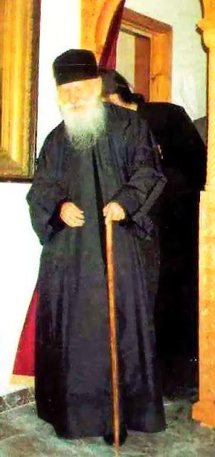 Πνευματικοί Λόγοι: Άγιος Πορφύριος Καυσοκαλυβίτης: «Όταν η ψυχή είναι...