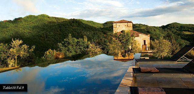 this has to be my next trip. Torre di Moravola, Loc Moravola Alta, Voc San Faustino, Montone, Pergugia, Italia