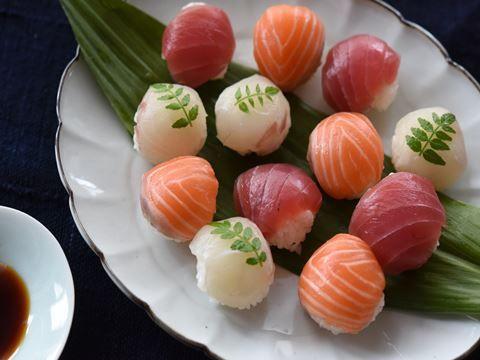 海鮮てまり寿司  https://recipe.yamasa.com/recipes/1940