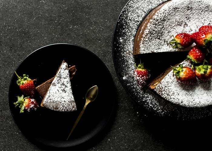 This 2-ingredient chocolate cake recipe by Hein Van Tonder could be easier OR more delicious!
