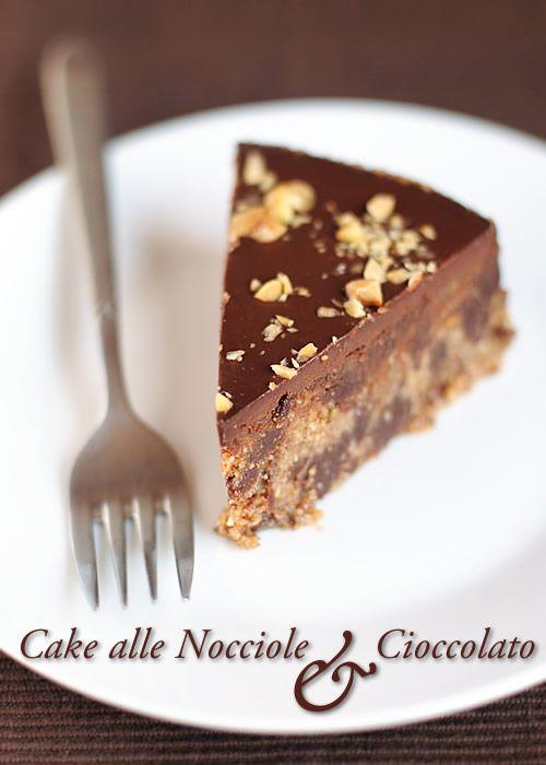 Raw cake alle nocciole e cioccolato ~ fiordizucca - cibo, ricette, viaggi, travel, recipes, food, italian and international