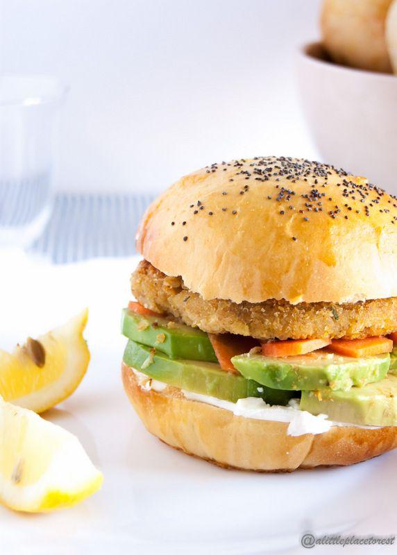 burger vegetariani quinoa e ceci - chickpeasquinoa burgers