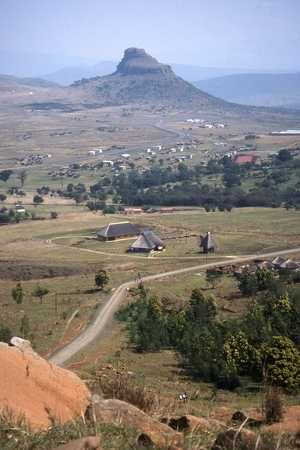 Isandlwana - view of the mountain ... http://www.n3gateway.com/things-to-do/battlefields.htm