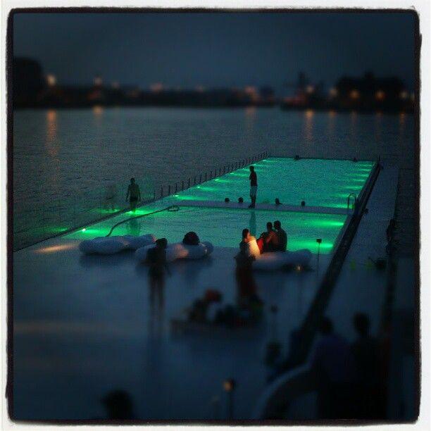 Do you know something cooler than a swimming pool in the river????  Badboot,  http://www.badboot.be Kattendijkdok, Oostkaai, Antwerpen