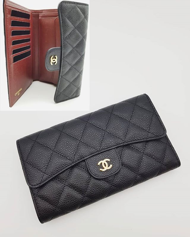 4b245802a73c Preloved Chanel Classic Long Flap Wallet Kept Unused. Black Caviar Gold  Hardware