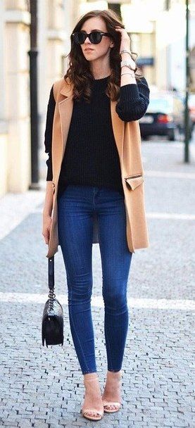 #winter #fashion /  Camel Coat // Black Knit // Skinny Jean S // Nude Sandals