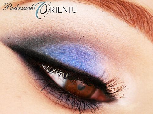 http://brunettesheart.blogspot.com/2012/01/arabski-makijaz-w-bekitach-i-wersji.html