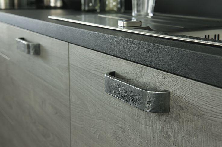 poign e cuisine cusinella cuisine pinterest poign e cuisine poign e et poign es de porte. Black Bedroom Furniture Sets. Home Design Ideas