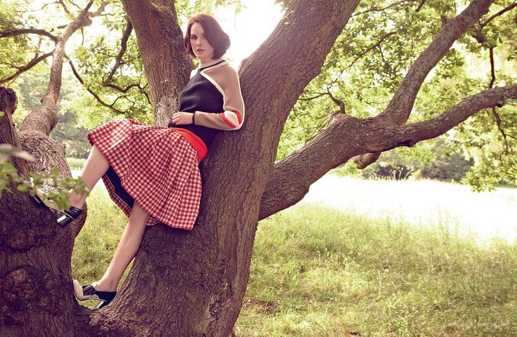 Мишель Докери — Фотосессия для «Red» 2013 – 1