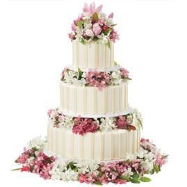 Stately ivory stripes surround the three tiers of this cake design giving it a heightened sense of beauty. Perfect for all celebrations!: Cakes Ideas, Decor Cakes, Tiered Cakes, Cakes Decor, Wedding Cakes, Cakes Design, Wilton Cakes, Cakes Flowers, Beautiful Cakes