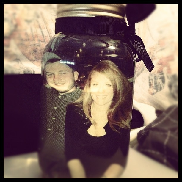 picture in mason jar with olive oil