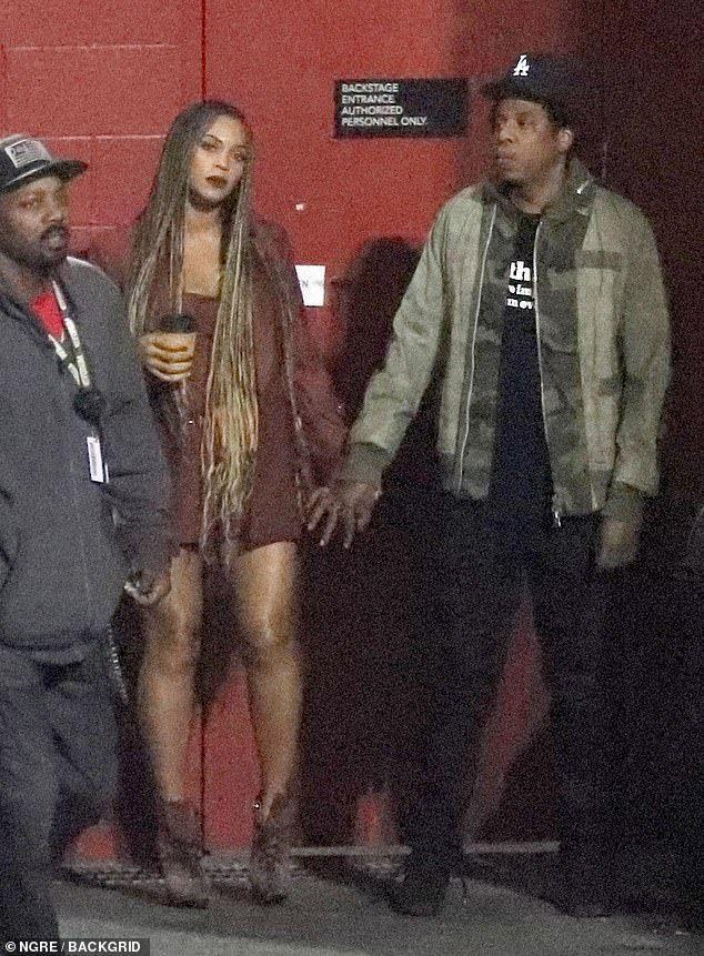 Kim Kardashian Kanye West Beyonce And Jay Z All Attend Astroworld In 2020 Beyonce Beyonce And Jay Z Kanye West Beyonce