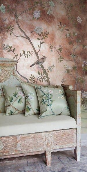 Home decor in chinoiserie style is chic and timeless.