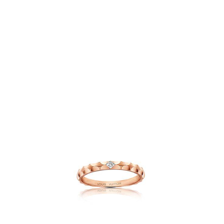 Entdecken Sie Monogram Infini Trauring aus Roségold mit einem Diamanten im Prinzess-Schliff via Louis Vuitton