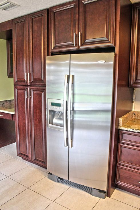 Fabuwood Cabinetry Merlot Glaze Elite Door Style Kitchen Pantry Refrigerator Build Out Pillowed Cabinet Drawer