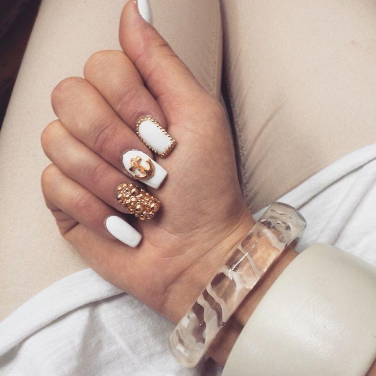 #nail#nails#white#gold#beige#anchor