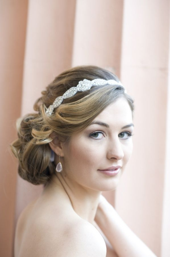 Love this 'do by Belle Souer Styles. Shot by SweetTeaPhotography.com