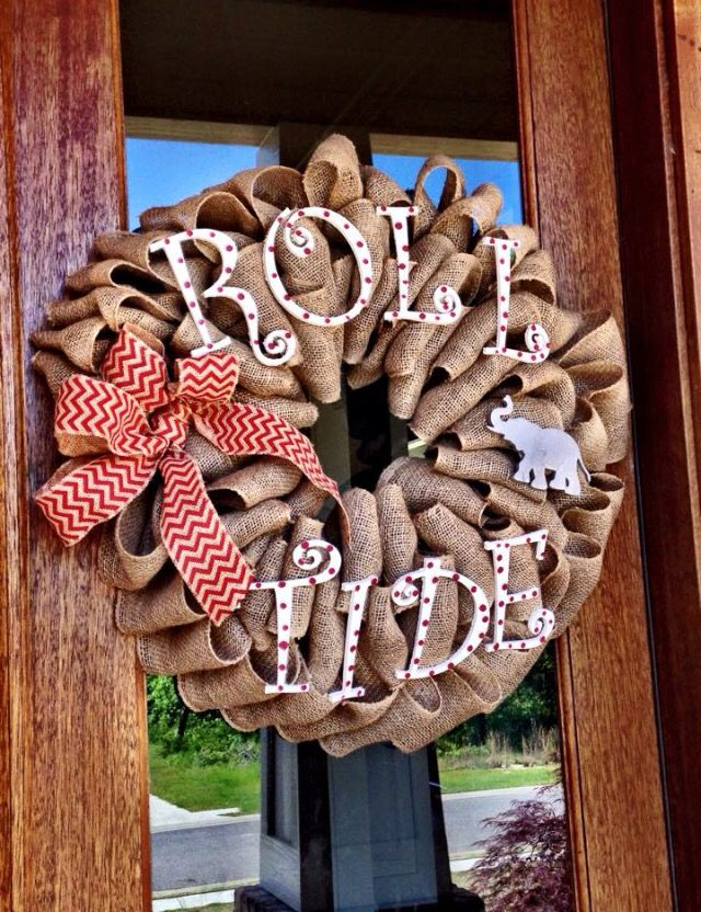handmade alabama crimson tide wreath is made with care and