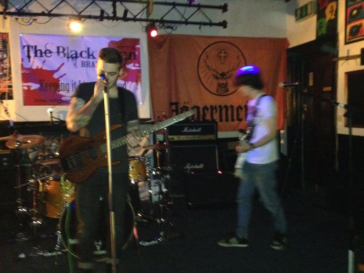 21/03/15 at the Black Swan Bfd