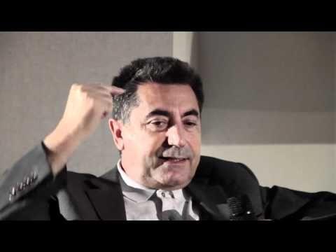 B&B Italia - Le Bambole, intervista a Mario Bellini - YouTube