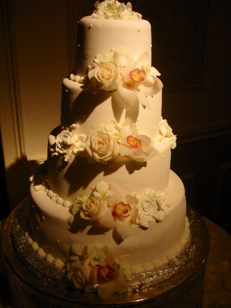 Simple elegant wedding cake decor Amaryllis Decorators