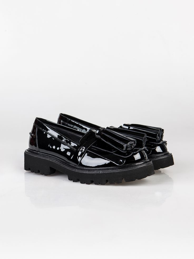 MSGM , Kiltie Tassel Loafer #shopigo#shopigono17#shoponline#womenswear#sneakers#MSGM