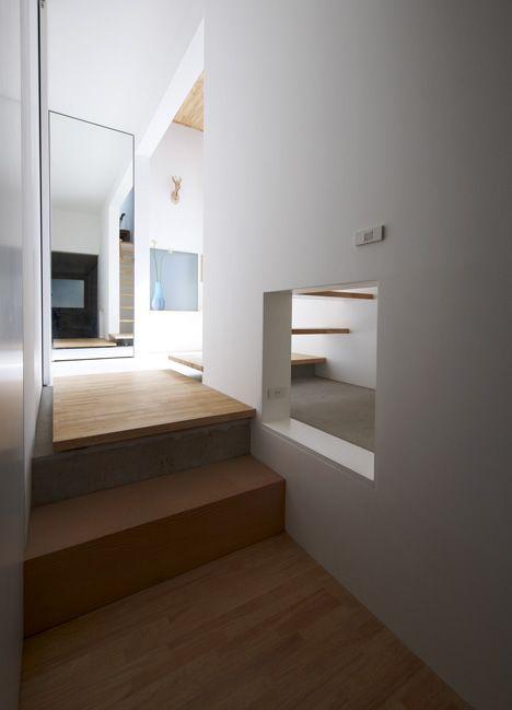 House in Futako-Shinchi by Tato Architects