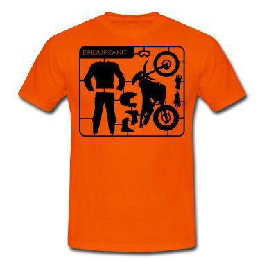 Für jeden Crossbiker seine Ausstattungen zum Motorrad fahren. Von der Enduro und der passenden Kombi, Handschuhe, Schuhe bis natürlich zum Crosshelm.