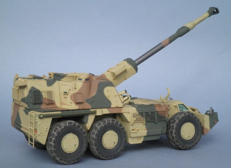TRACK-LINK / Gallery / G6 155mm SP Howitzer