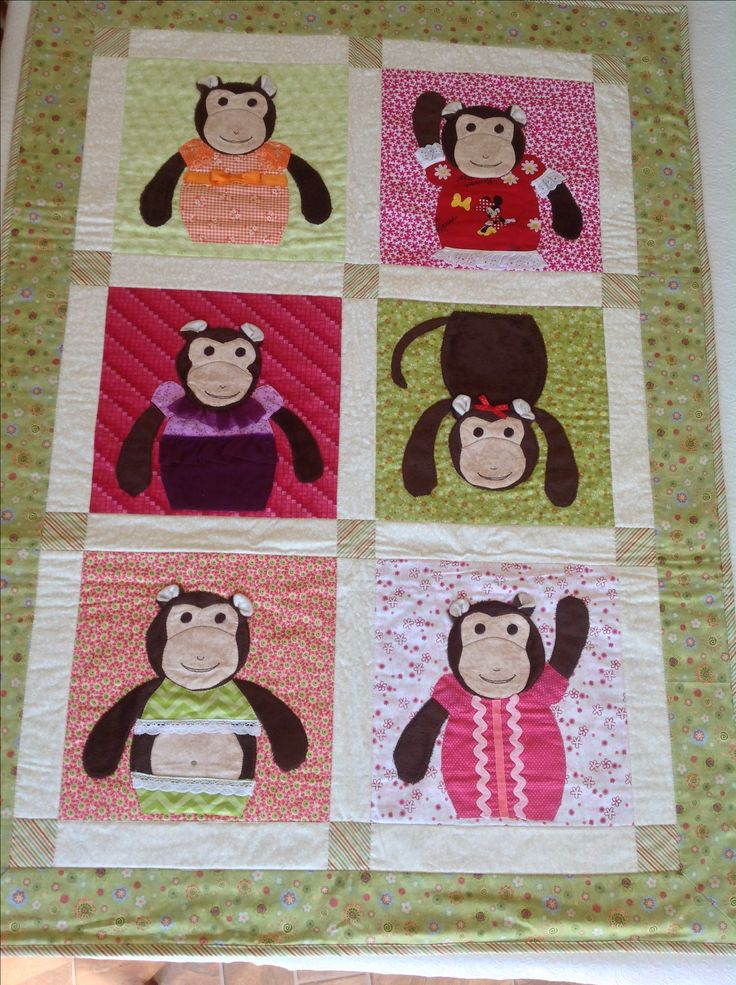 Applique Monkey quilt.  These cute little monkeys would be ideal for any little one.  Cozy fleece makes monkeys soft and furry.  Safe and fun for playtime or sleep time.