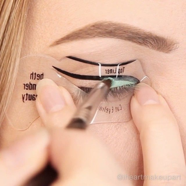 EYELINER STENCIL TUTORIAL! I've teamed up with @bethbenderbeauty to model how easy it is to get a fun summer liner look in minutes using their eyeliner stencil.☀️ If you have trouble creating winged liner then this will be great for you.  It's seriously sooo easy & quick too! Lol You can find it on www.bethbenderbeauty.com