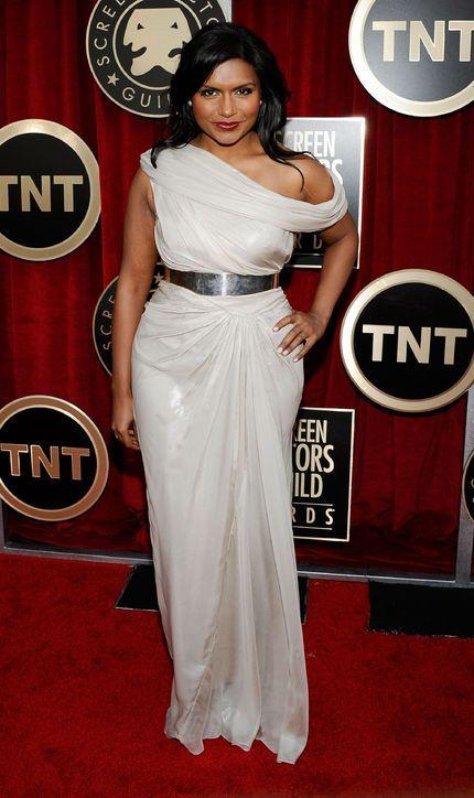 mindy-kaling-SAG-awards-2011-tadashi-shoji-gown  http://www.glamour.com/fashion/blogs/dressed/2013/10/mindy-kaling-glamour-style-ico.html