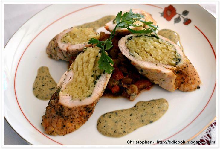Kulinarny karnet Christophera: Bucatini z chayote i sosem miętowym.