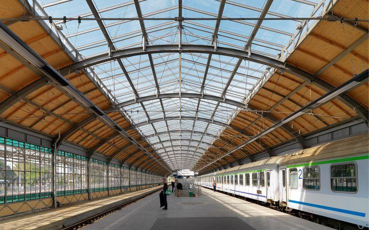 Dworzec Główny PKP. Wrocław, Polska Szkło: SGG BIOCLEAN TVG. #glass #architecture #desing #public_space