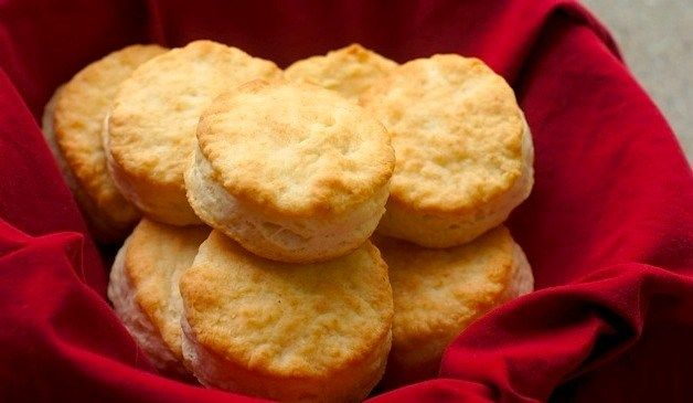 Popeyes Buttermilk Biscuits Recipe Includes 2 Cups All Purpose Flour 1 Tbsp Sugar 1 1 2 Tsp In 2020 Popeyes Biscuit Recipe Biscuit Recipe Buttermilk Biscuits Recipe