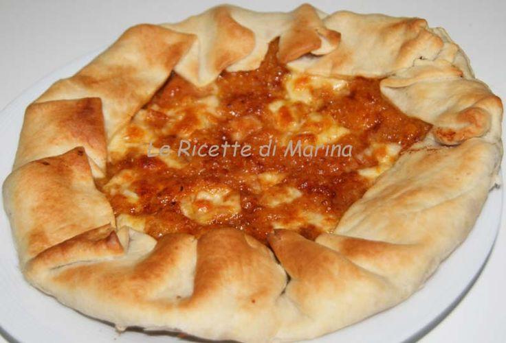 Pizza con zucca e scamorza, ricetta salata