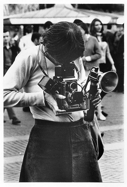 Diane Arbus. En los años cuarenta se dedica a la fotografía de modas en revistas como Esquire, Vogue y Harper's Bazaar.