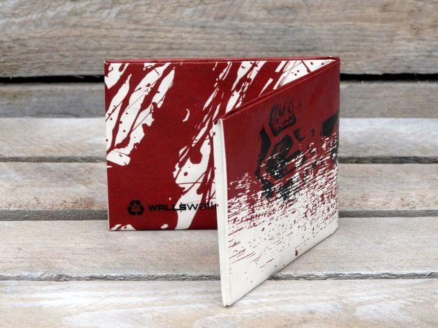 Scary gifts at DaWanda Mens Wallets – WALLSWALLET BLOOD TYVEK – a unique product by Wallsprint on DaWanda