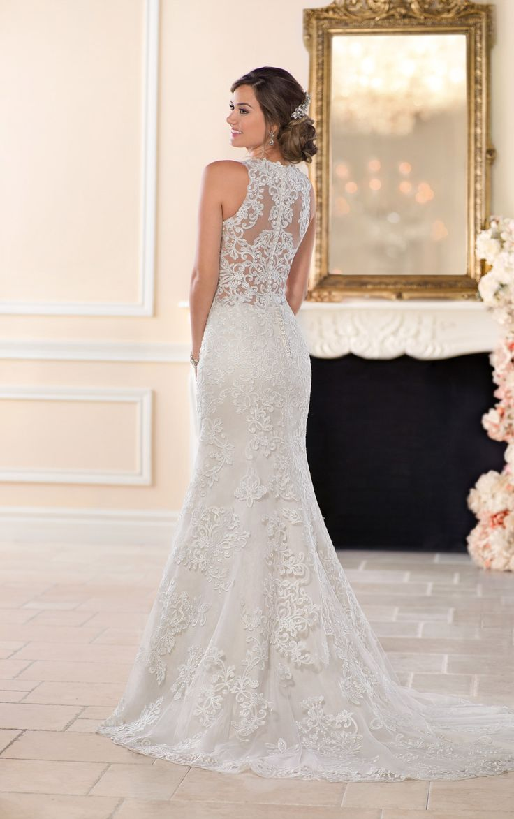 Superb Lace Wedding Dresses
