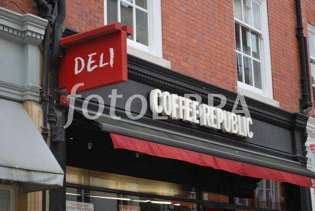 626377-coffee-shop-exterior-london.jpeg (624×418)