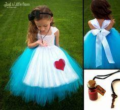 vestidos para niña de alicia en el pais de las maravillas - Buscar con Google